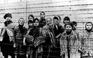 Auschwitz1_1545294c