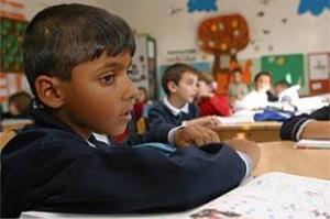Romania, una scuola per soli rom